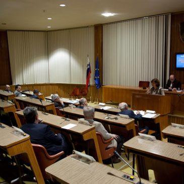 Vabilo na seminar: VOLITVE, DEMOKRACIJA IN VLADAVINA PRAVA