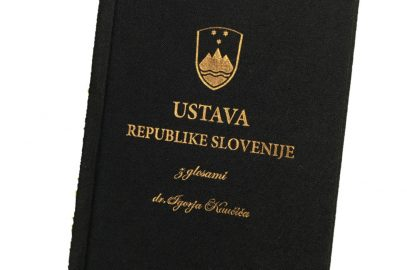 Slavnostna izdaja Ustave Republike Slovenije z glosami dr. Igorja Kaučiča